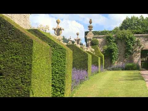 Normandy : park and gardens of Château de Brécy (Calvados)