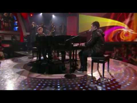 Scott Macintyre & Matt Giraud  Tell Her About It  American Idol 9