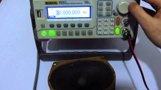 How to generate sound using a Signal Generator