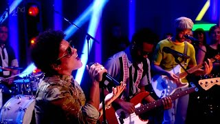 Bruno Mars - Young Girls (Alan Carr
