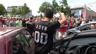 Politie grijpt in bij actie NEC-fans op Keizer Karelplein in Nijmegen; twee aanhoudingen