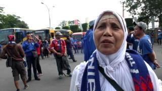 Ratusan Suporter Arema Tiba Di Lapangan Maguwoharjo, Sleman - NET12