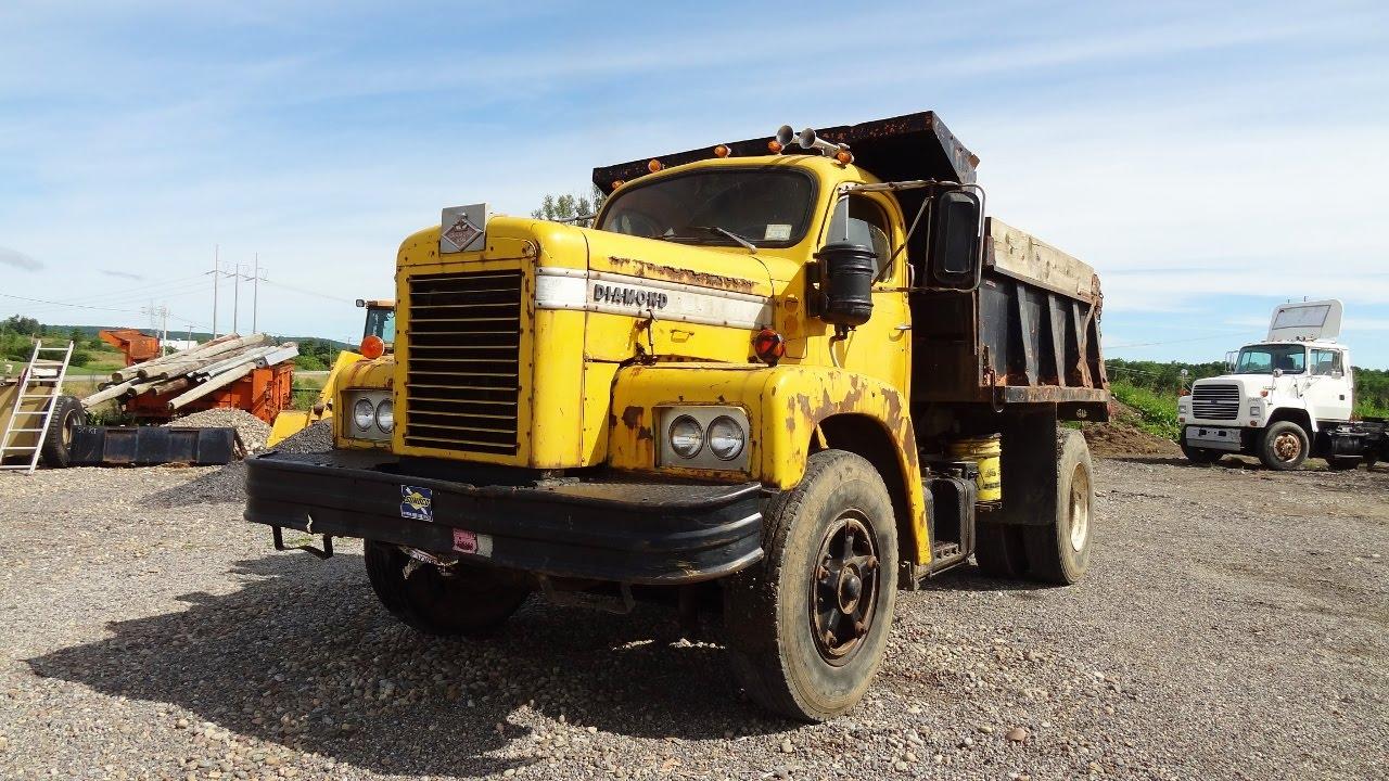 1971 Diamond Reo Dump Truck