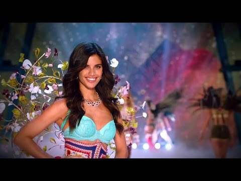 Sara Sampaio Victoria's Secret Runway Walk Compilation 2013-2016 HD