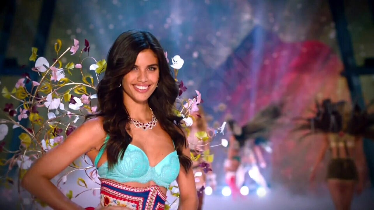 Sara Sampaio Victoria's Secret Runway Walk Compilation 2013-2016 HD #1