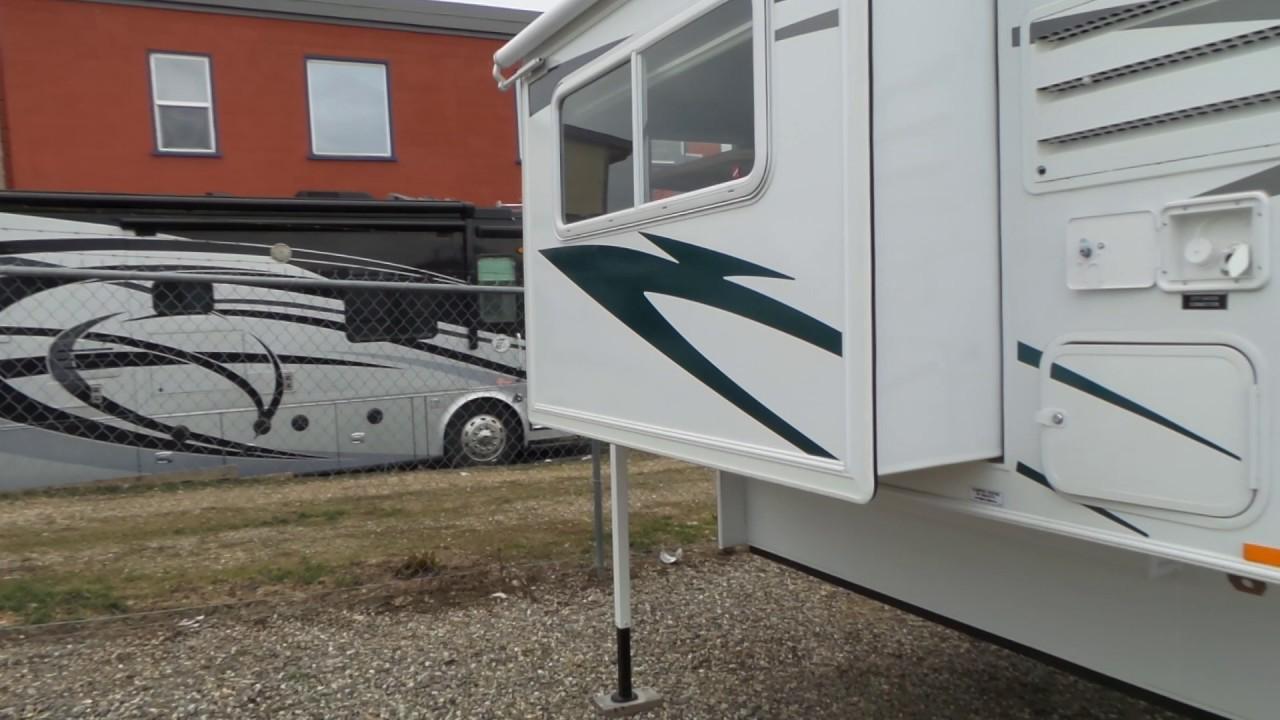 2017 Westland Travelaire 8WSL Truck Camper New RV