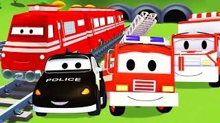 La Super Patrouille: camion de pompier et voiture de police, avec le Train et l'Ambulance à Car City