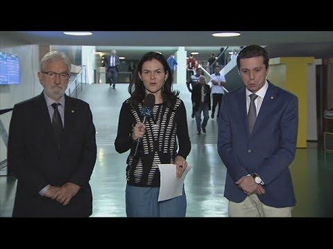 Deputados avaliam discussão na CCJ sobre denúncia contra Temer - 13/07/2017