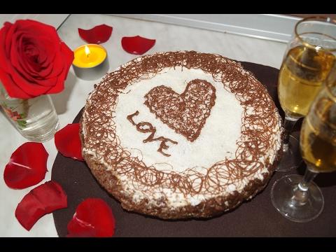 Торт из готовых коржей на скорую руку / Что приготовить на день Святого Валентина?