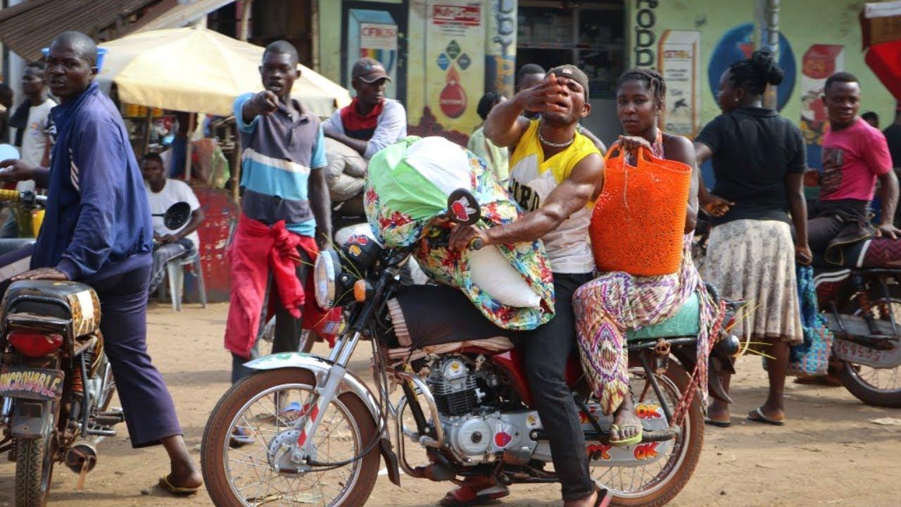 NU POT SA FILMEZ NIMIC IN RWANDA!