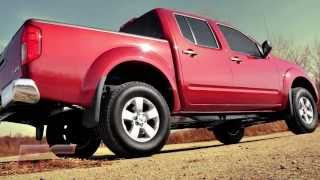 2005 to 2017 Nissan Frontier & Xterra 2.5in Suspension Lift Kit with Rear Shackles by Rough Country