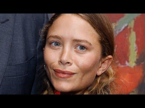 Strange Things That Don't Make Sense About The Olsen Twins