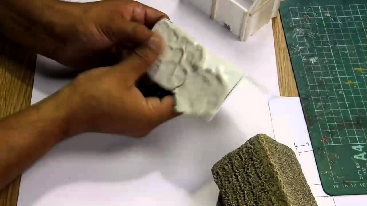 Making Thatched Roofs - miniature wargaming scenery