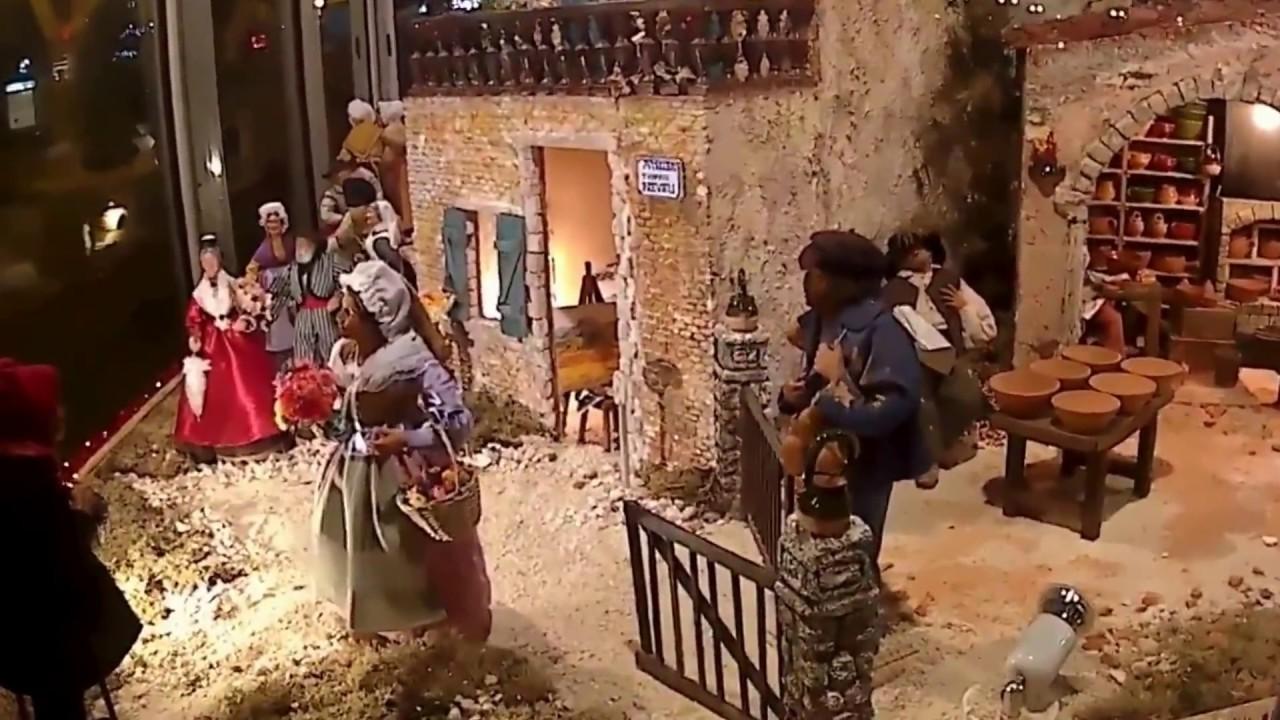 Creche de noel aubagne en provence 2016 youtube for Creche salon de provence