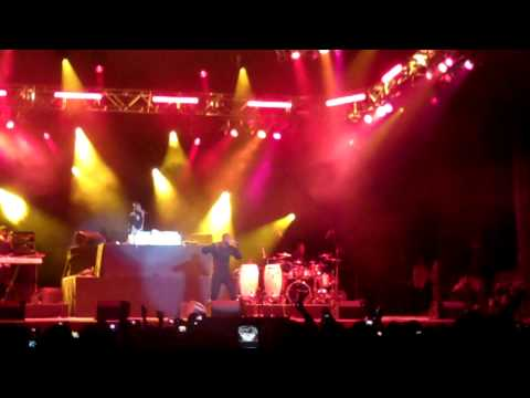 "Akon - "" Nobody Wanna See Us Together "" Universal Studios 3/6/10 (HD)"