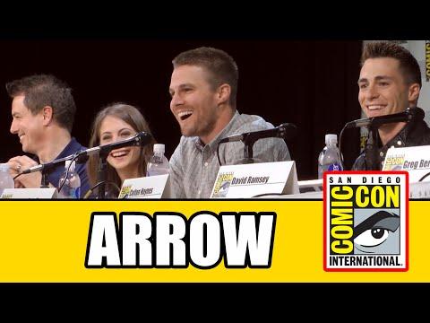 Arrow Comic Con 2014 Panel  Stephen Amell, John Barrowman, Willa Holland, David Ramsey
