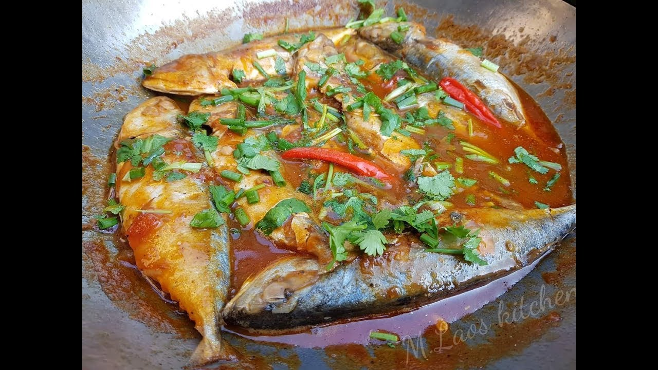 How To Make Mackerel In Tomatoes Sauce วิธีทำ เชื่อมปลาทู แบบลาว  ເຊື່ອມປາທູ