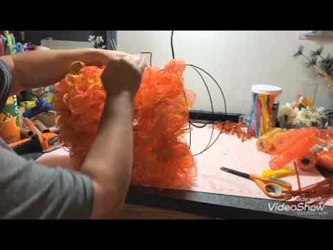 Dollar Tree DIY Pumpkin Wreath