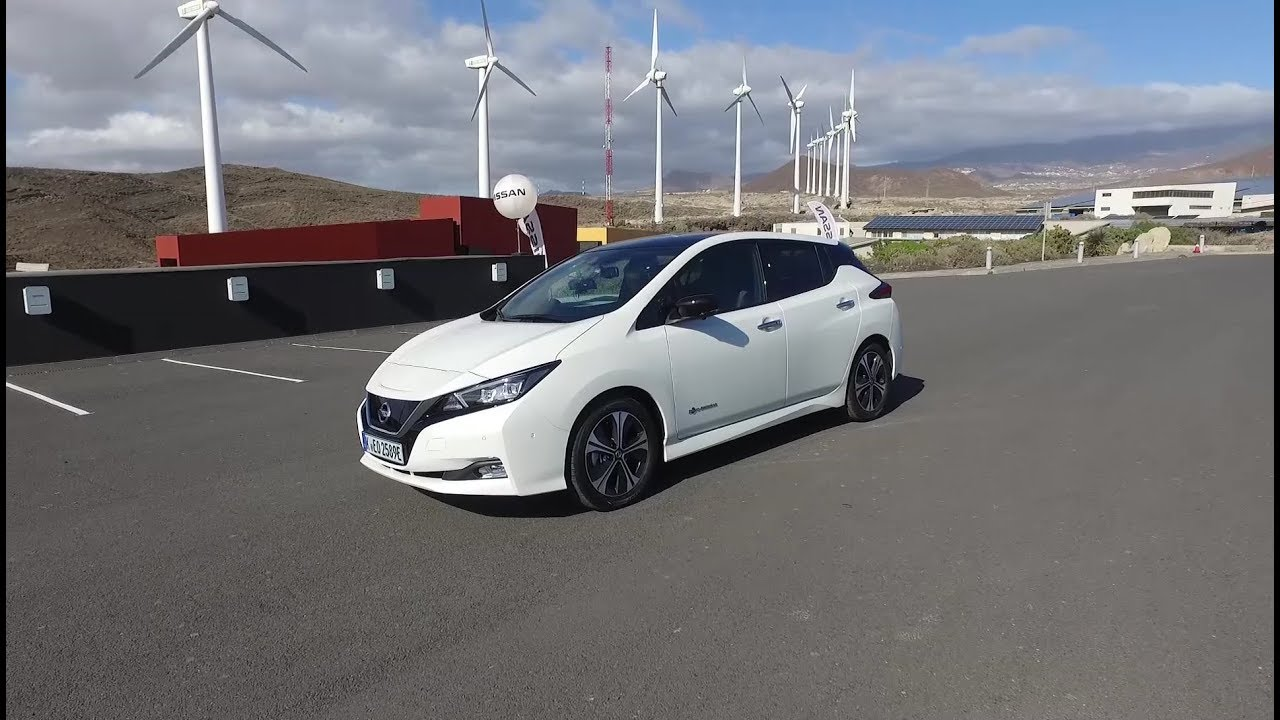 nissan leaf 40 kwh first drive youtube. Black Bedroom Furniture Sets. Home Design Ideas