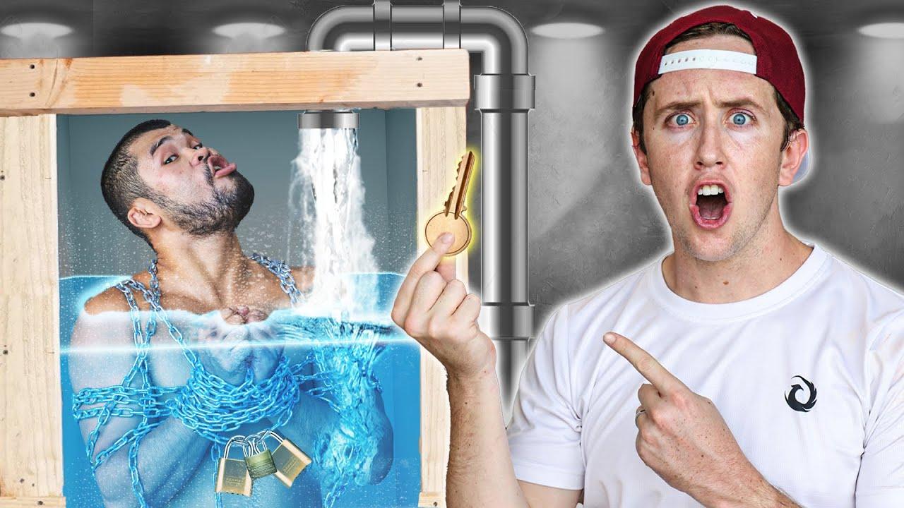 ถูกขังในตู้น้ำมรณะ!! ใครเจอกุญแจก่อน รอด!!