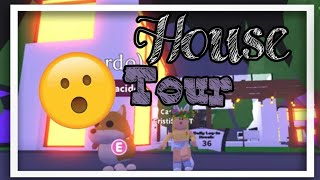 TOUR OF MY FUTURISTA HOUSE ADOPT ME ROBLOX