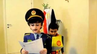 طفل يقلد عمر سليمان فى خطاب التنحى هتموت من الضحك