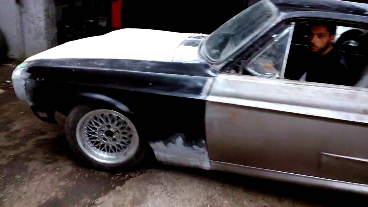Ford shelby mustang gt500 eleanor replica
