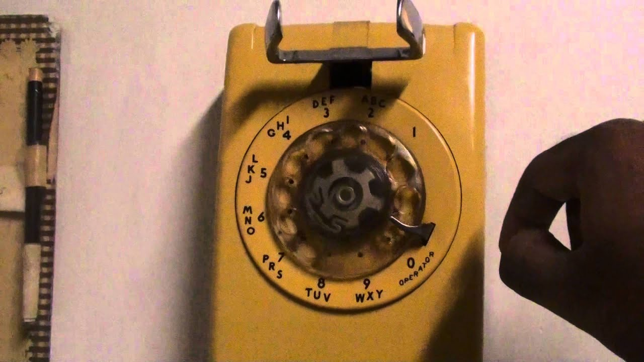 A Blast From The Past: A Working Old Rotary Dial Kitchen Wall Phone