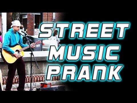 BAD STREET MUSICIAN - PUBLIC PRANK