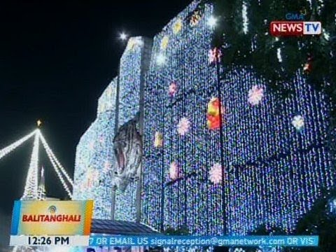 BT: 40ft. Christmas tree at iba pang dekorasyon sa Mandaluyong City Hall, pinailawan