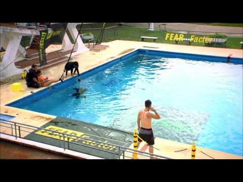 Fear Factor Aksiyon - Bölüm 8 - Suna Havuzun Suyunu Yutunca