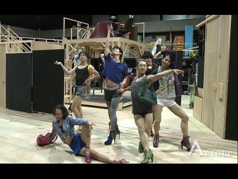 http://www.astage-ent.com/stage-musical/kinkyboots-5.html シンディ・ローパーが全曲作詞作曲!2013 年のトニー賞で作品賞をはじめとする6 部門を受賞する快挙を...