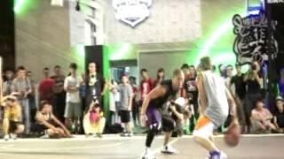 mba花式街頭籃球隊的小夫 小丹 路易士在nike summer night的表演賽 mba streetball