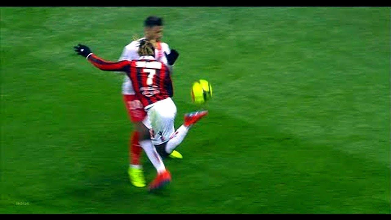 في عالم كرة القدم ⚽ الإهانة أسلوب حياة 🔥 أقوى فيديو مهين يمكنك مشاهدته 😱