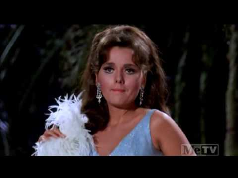 gilligan's-island---mary-ann-performs