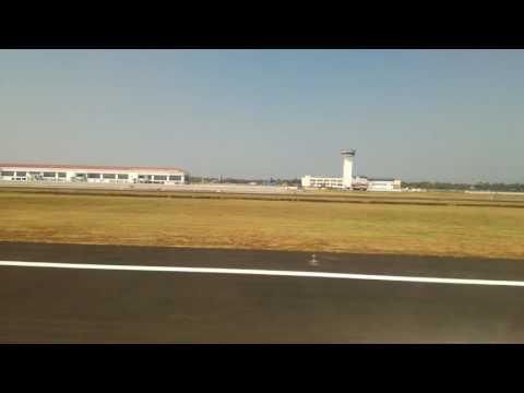 Jet airways landing at cochin international airport from abu Dhabi (31/01/2017)
