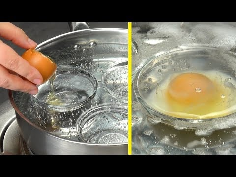 Put 3 Small Bowls In Hot Water, Crack The Eggs, And It Will Be Delicious!