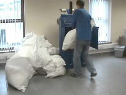 RWM 40 vertical waste baler video