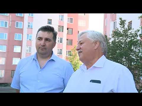Глава города Новый Уренгой Иван Костогриз оценил ход работ по благоустройству