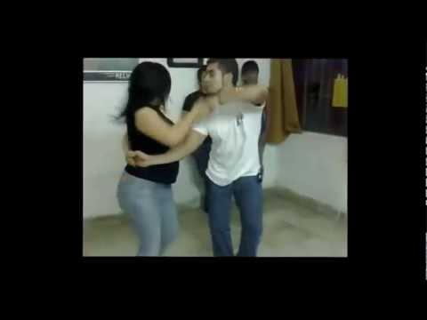 Aqui Esta La Cumbia Pa´ Bailar Mixx Vol.1 - Cumbia Sonidero, Andina, Colombiana (Kingrey DJ)