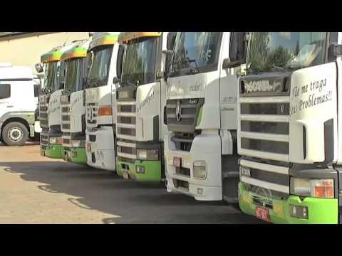 e7a72ea32b Faltam motoristas para o transporte de grãos de MS - YouTube