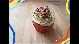 Simple How To Decorate A Christmas Cupcake In Buttercream