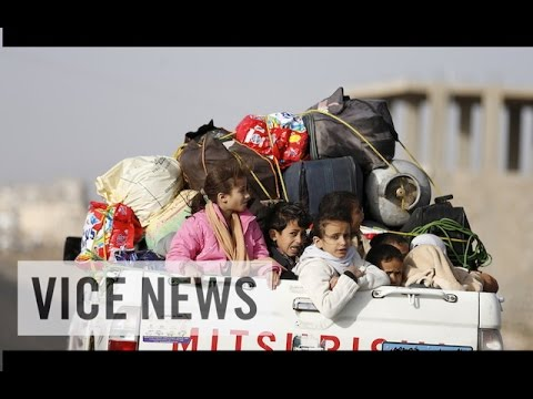 VICE News Daily: Yemeni Refugees Flee to Somalia