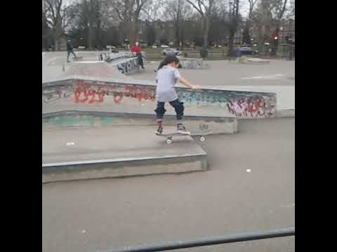 WOW AMAZING KID..A MUST WATCH!!! 6yr old Kickflip WIZZ KID