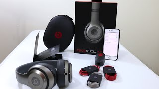 Beats Studio Wireless Titanium - Unboxing, First Impressions & iPhone 6 Bluetooth Setup(New 2014 Beats Studio Wireless unboxing, first look and Bluetooth setup using the Apple iPhone 6. http://amzn.to/1rX4c3G ▻ SUBSCRIBE ..., 2014-10-05T19:26:32.000Z)