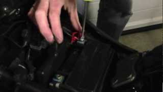 Fitting a battery management system to a 2009 Suzuki SV650S by removing seat