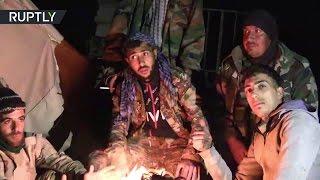 Сирийские военнослужащие празднуют освобождение Пальмиры