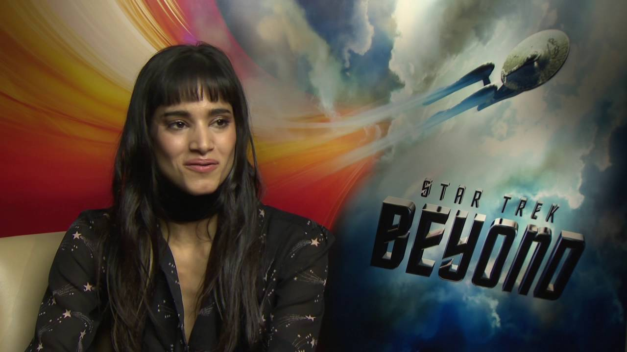 Star trek beyond sofia boutella jaylah official movie - Jaylah sofia boutella ...