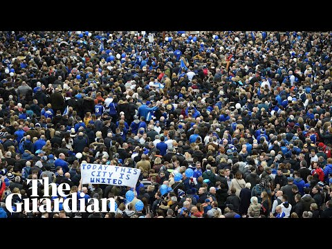 Thousands of Leicester City fans march to honour Vichai Sriv
