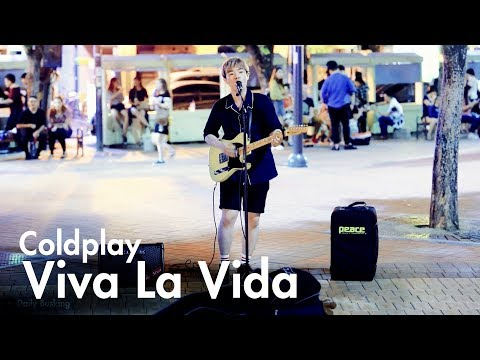A Korean Boy Singing Viva La VidaColdplay in Hongdae